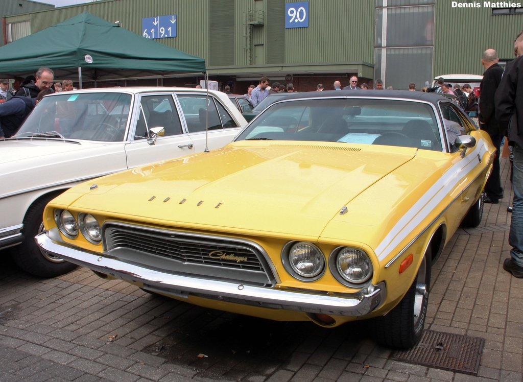 Yella Chally | A Dodge Challenger at the Techno Classica Ess
