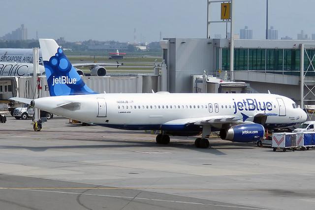 JetBlue Airways, N658JB, Airbus A320-232