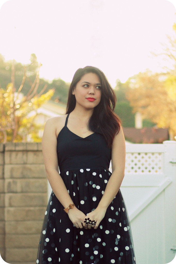 Vintage style & outfit inspired by Brigitte Bardot featuring black tulle polka-dot midi dress from Boohoo