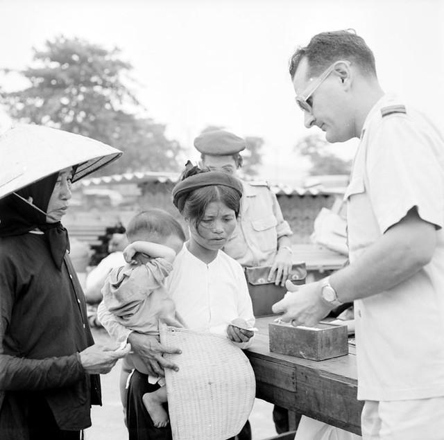HAIPHONG Juillet 1954 - Evacuation de la population civile du Nord Viêtnam