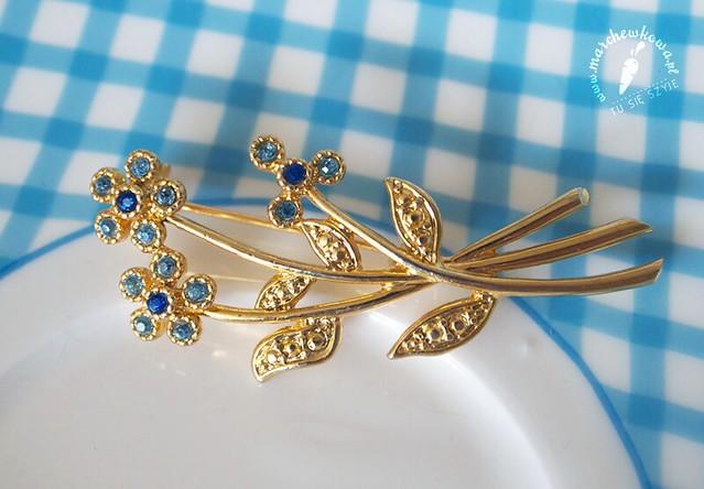 Vintage Movitex Brooch, broszka, błękitne kwiatki