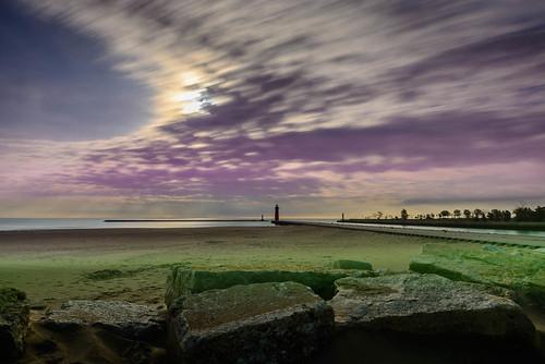longexposure lighthouse wisconsin sunrise unitedstates kenosha kenoshapierheadlight