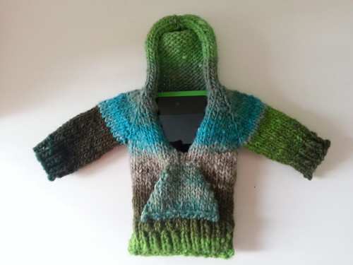 iPod sweater June 2013