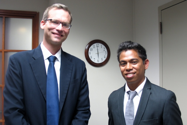 (Left to Right) Department of State Country Coordinator for Timor-Leste, Drake Weisert, chats with Leoneto Elizario, a USTL scholarship recipient. Mr. Elizario's Washington internship was at the Office of the Hon. Eni Faleomavaega , U.S. Representative to American Samoa.