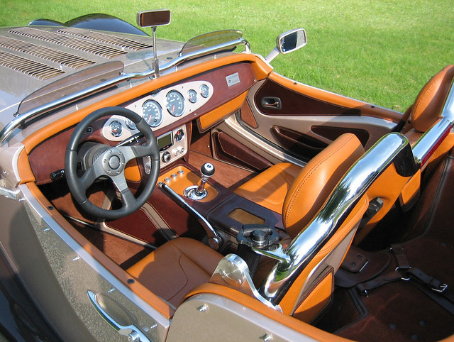 2013-Leopard-Roadster-Interior