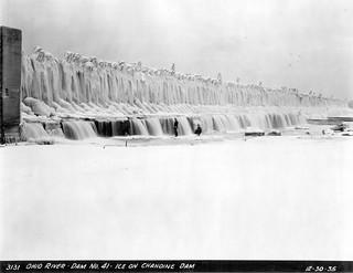 Ice on Ohio River Dam No. 41