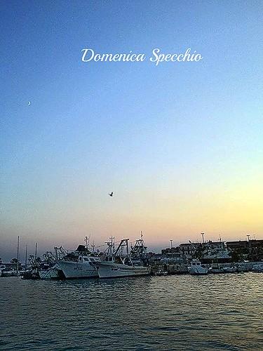 tramonto visto dal mare by Domenica Specchio