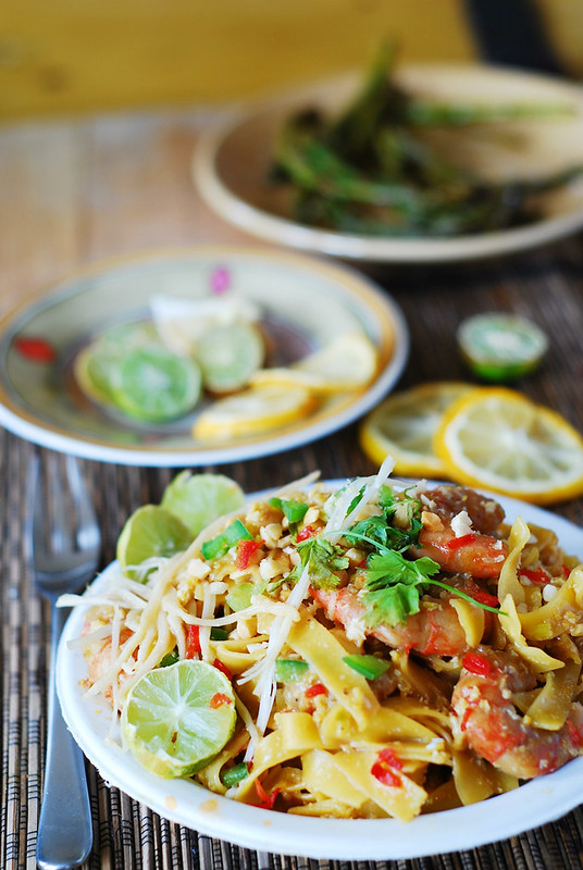 Pad thai noodles with shrimp by JuliasAlbum.com, on Flickr