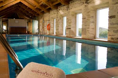 5 hoteles con encanto con piscina climatizada selectahotels - Piscina santiago de compostela ...