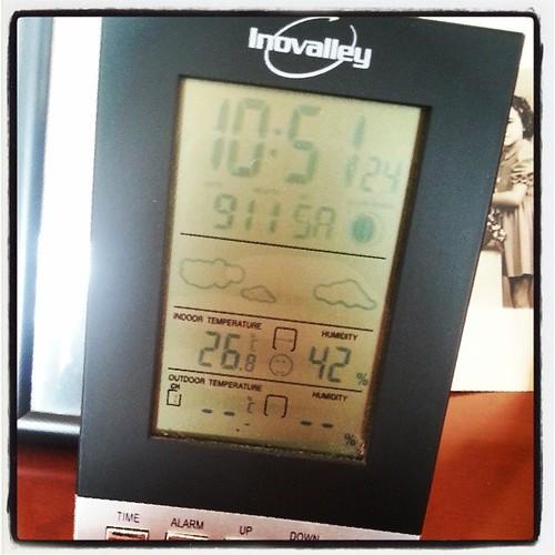 Je crois qu'il fait pas assez chaud chez moi! #chaud #hot #chaleur #cheminee #temps #temperature #presque #27 #degres #instagram #photo