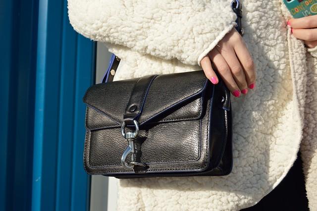 lara-vazquez-madlula-details-rebecca-minkoff-moto-hudson-black-bag