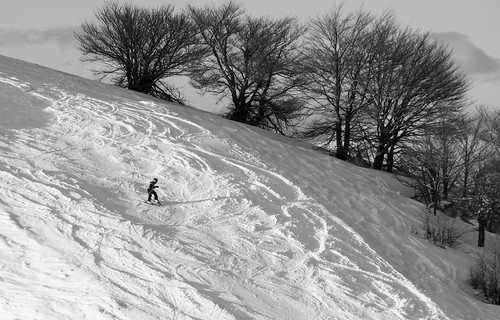 Gita in montagna? sci!!!!!!!!!! by Claudio61 una foto ferma un ricordo nel tempo