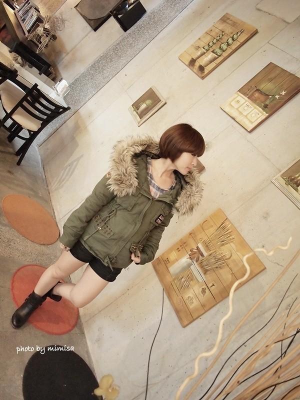 RUBON 軍綠色毛領大衣 (11)