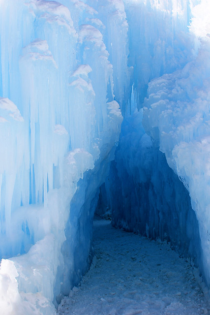 Midway-Ice-Castles (9)