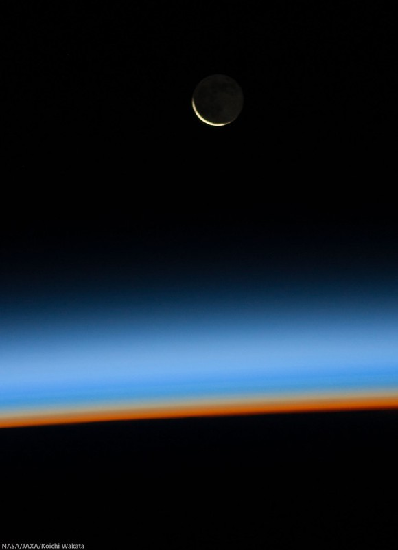 Waning Crescent (ISS Koichi Wakata)