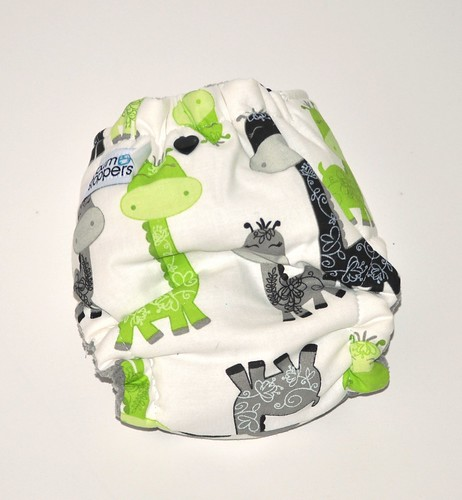 Bumstoppers Newborn Hybrid Fitted Lime Giraffes