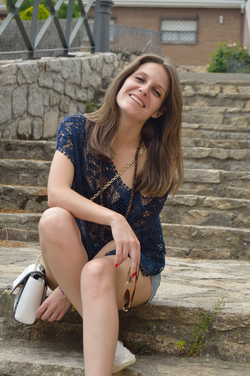 lara-vazquez-madlula-blog-style-fashion-look-smile
