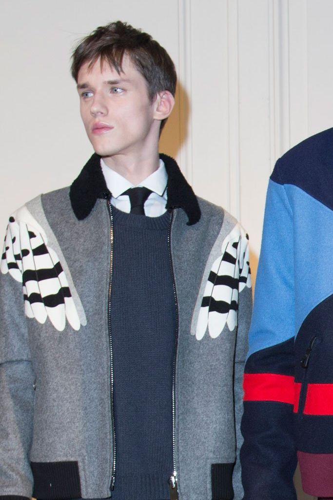 Yulian Antukh(Antuh)3124_1_FW15 Paris Valentino(fashionising.com)