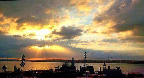 africa port boat bateau madagascar cruiser hdr seaport warship afrique 2014 antsiranana croiseur bateaudeguerre