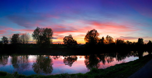 sunset night canon river eos cloudy severn 5d worcester
