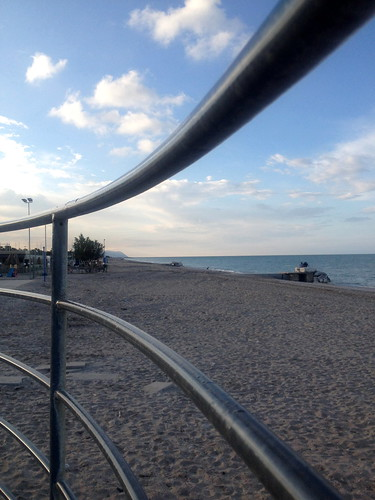 blue sunset beach tramonto mare lungomare spiaggia marche materia acciaio ringhiera portosantelpidio mareadriatico alesorride