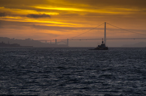 california sunset sun bay nikon goldengatebridge tugboat d7000 bestcapturesaoi jaypasion