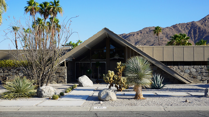 Palm Springs Architecture Tour 1