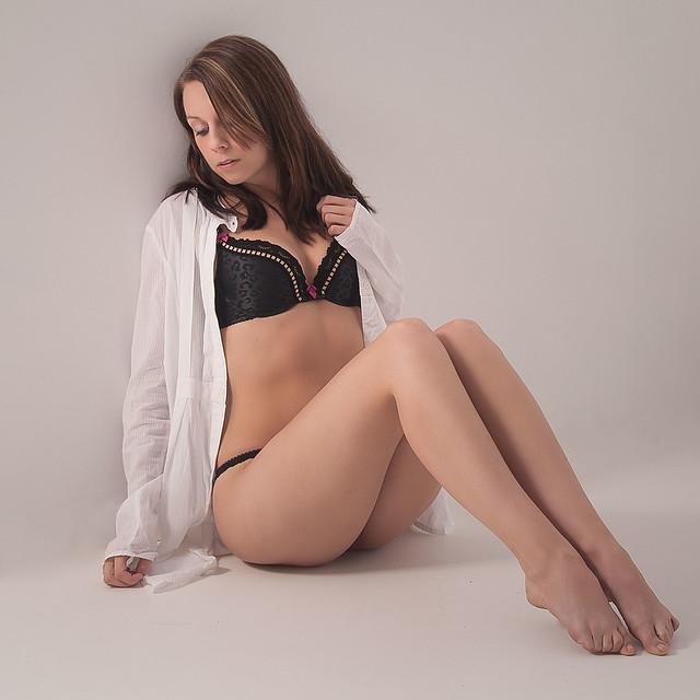 emily hampshire nude