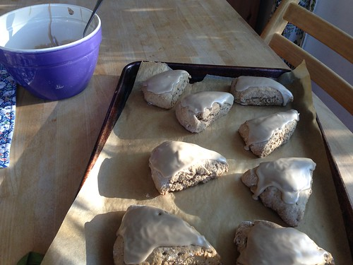 scones--iced