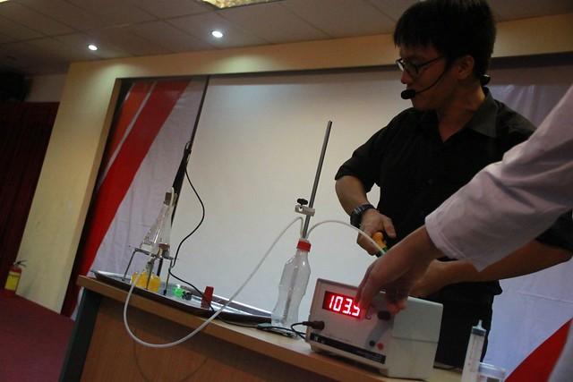 thí nghiệm nhiệt độ sôi của nước