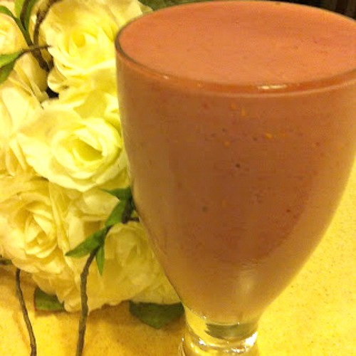 Peach Melba Protein Smoothie Resized