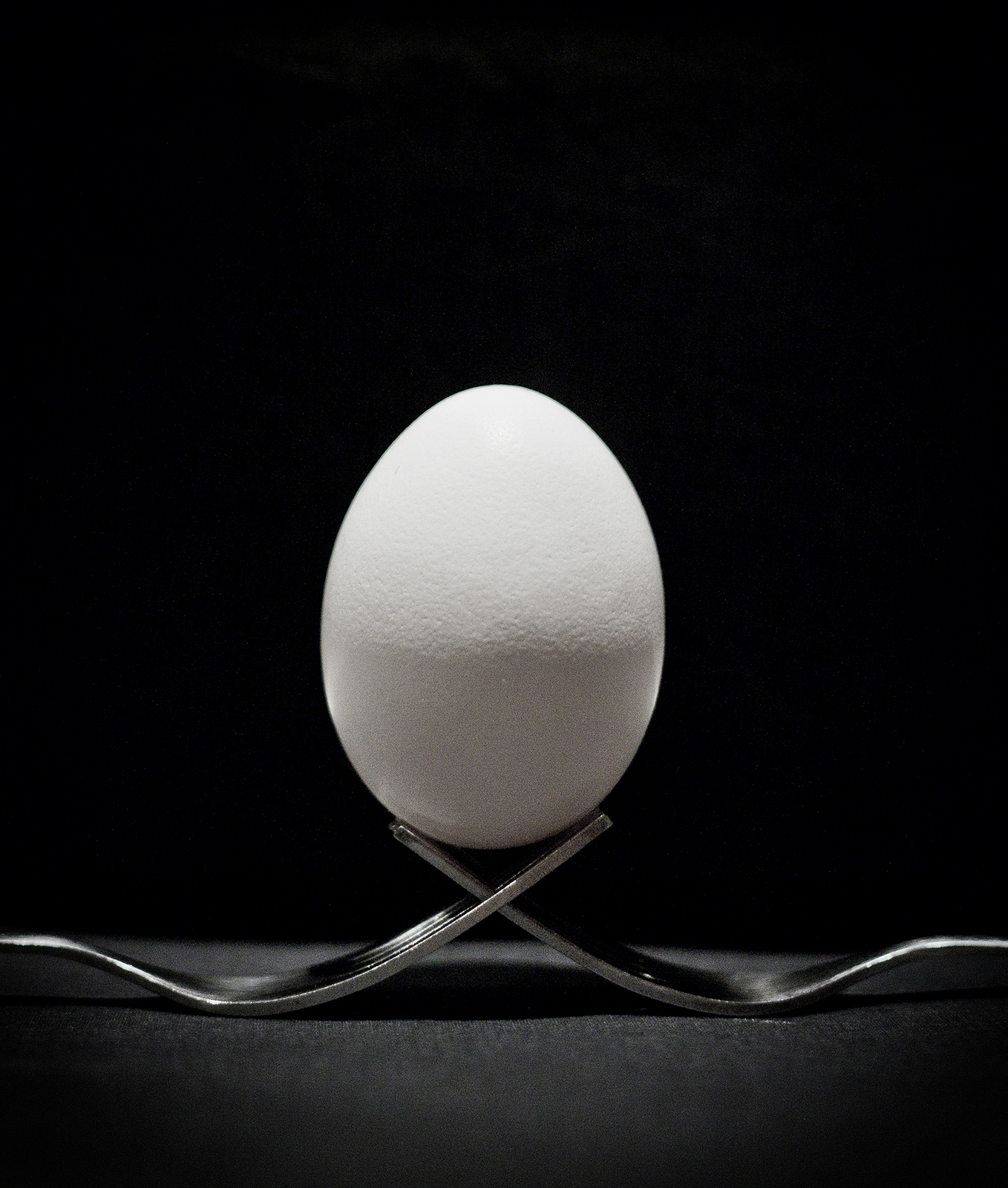 Egg on two forks
