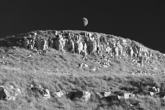 Limestone rocks near Conistone Dib