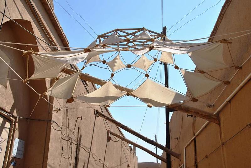 263 parasoles en el Casco antiguo y mezquitas de Yazd (122)