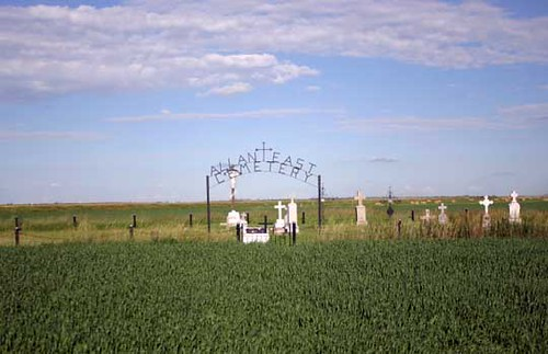 Bladworth (Saskatchewan): Nearby Cemeteries