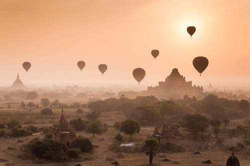 trip travel mist sunrise temple dawn asia buddha burma air balloon flight buddhism temples hotairballoon myanmar spiritual plain pagan bagan dhammayangyi sulamani traveldestination baganarchaeologicalzone