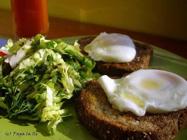 Ochiuri romanesti la micul dejun (4)