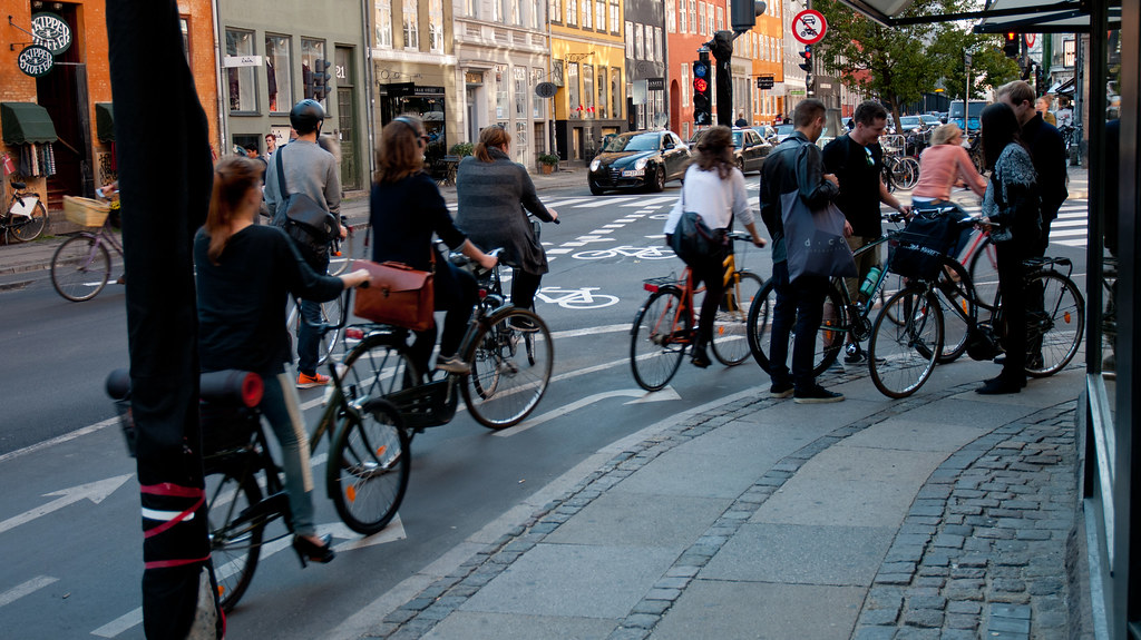 Cyclists in Copenhagen (Denmark) [City Clock]-5