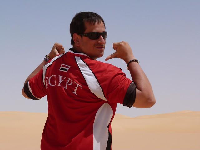 Sele en el desierto de Egipto (Miembro de la Expedición Kamal)