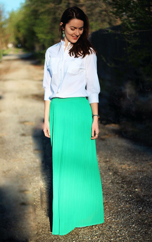 green-maxi-skirt-white-buttondown1