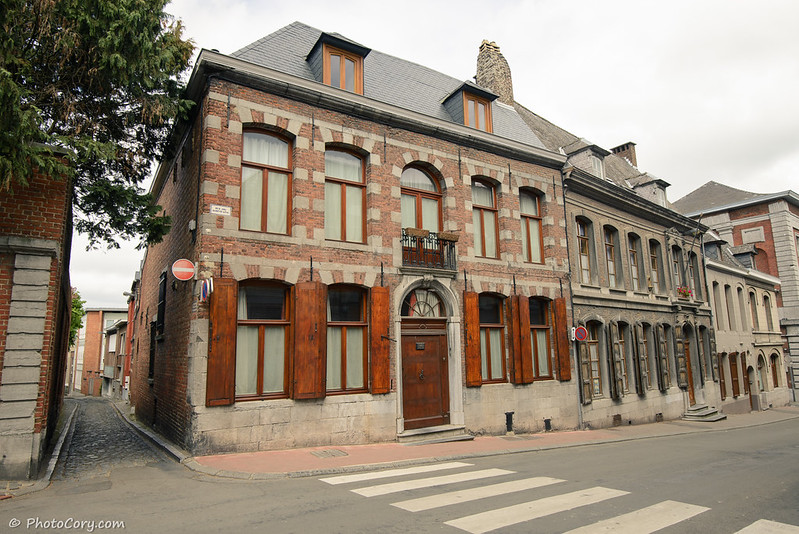 architecture in Mons