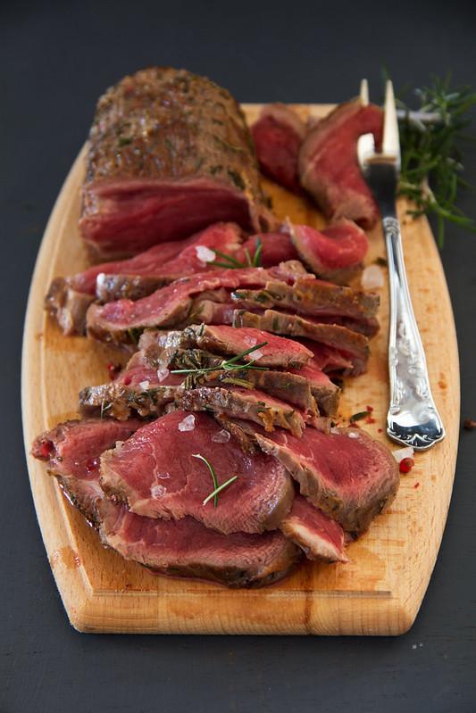 Weak roast roasting, with blood, with rosemary and sea salt.