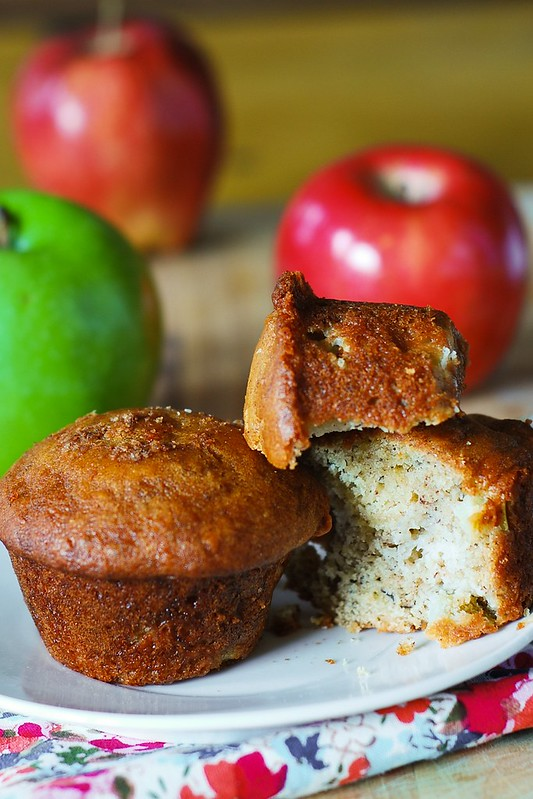 Banana bread muffins, recipe for banana bread, homemade banana bread, homemade banana bread muffins