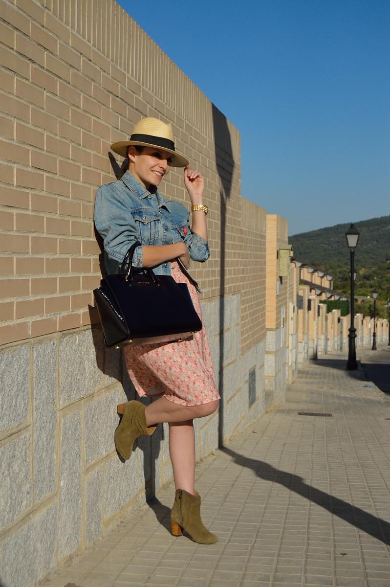 lara-vazquez-madlula-blog-style-look-dress-wear-less