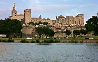 FRANCE - Provence, Blick über die Rhone nach Avignon, Papstpalast und Kathedrale , 12401/4603