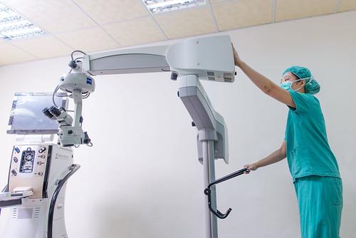 高科技白內障手術器材介紹-來高雄陳征宇眼科診所大開眼界0205 (99)