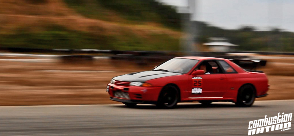 r32 red