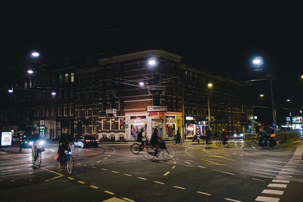 Untitled  轆轆遊遊。阿姆斯特丹篇 // 夜踩運河與酒吧街 16369540481 ac3e6a7c28 o
