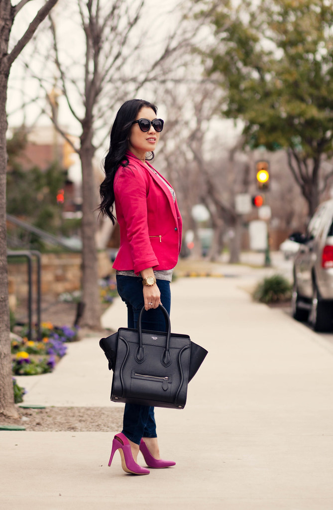 https://cuteandlittle.com | petite fashion lifestyle blog | hot pink blazer, graphic tee, shoedazzle darlene fuschia hot pink pumps | outfit