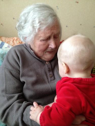 Vanaema Senta (93) ja Karoliine (6 k)